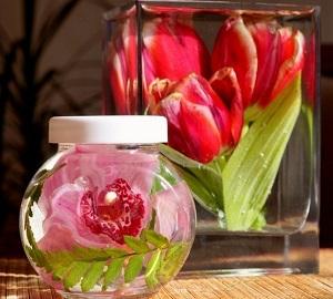 Сохрани первозданную красоту цветов с этoй отличной идеей. Я бегу за цветами…