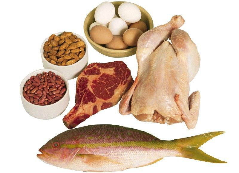 8 продуктов, от которых стоит отказаться во время поздних вечерних перекусов. Съедая № 6, многие думают, что совершают правильно. Ан нет!